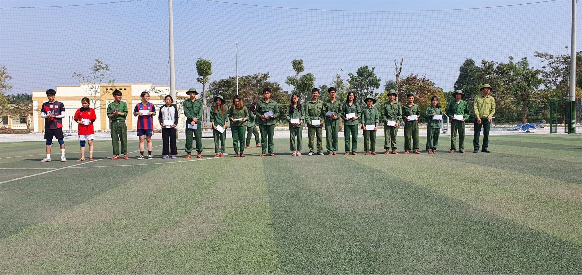 Hội thao các môn thể thao quốc phòng phối hợp cho SInh viên hệ ĐH K15 (Đợt 2) năm học 2020-2021 học GDQP&AN tại Trung tâm GDQP&AN.