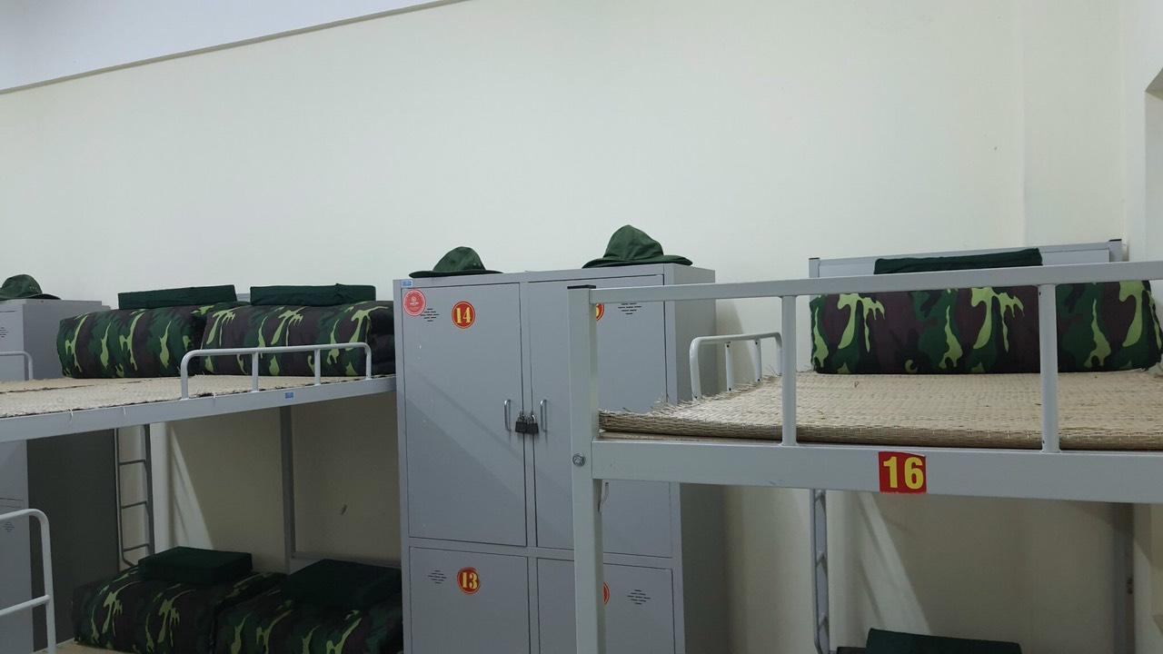 Vòng sơ loại nội dung thi nội vụ giải Hội thao các môn Thể thao Quốc phòng phối hợp sinh viên Trường Đại học Kinh tế Quốc dân học GDQP&AN tại Trung tâm